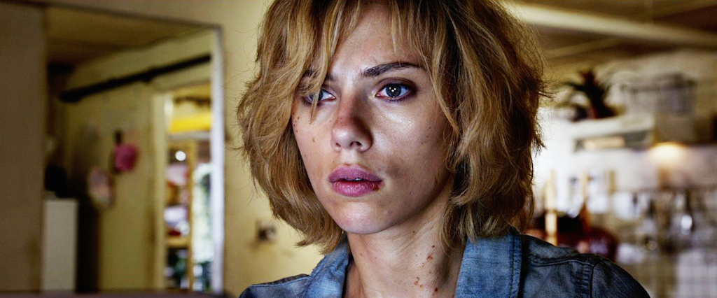 lucy-2014-movie-screenshot-learning